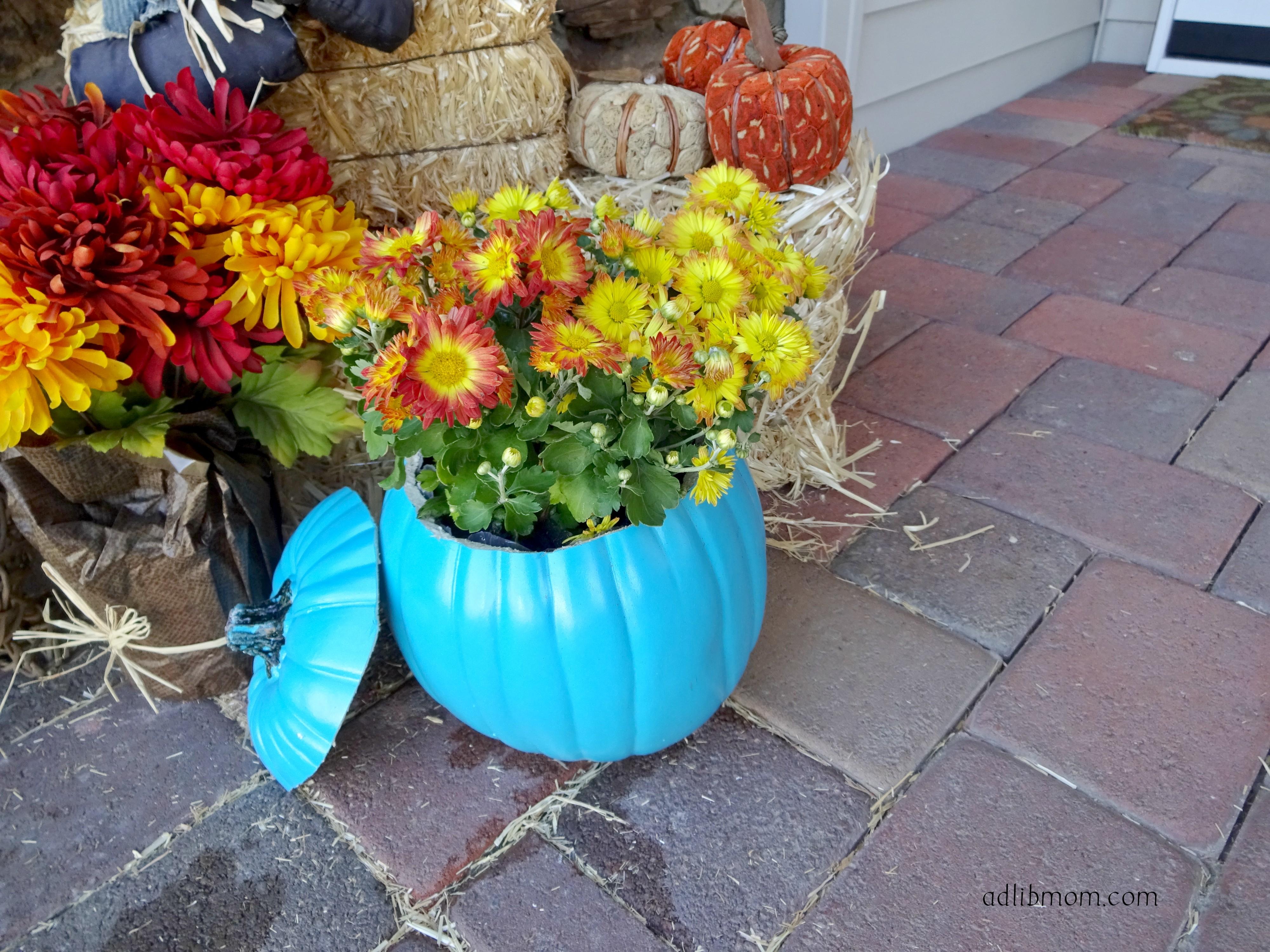 pumpkin flower arrangement